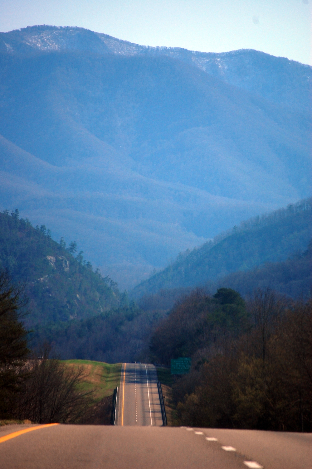 Mountain Road from North Carolina to Tennessee