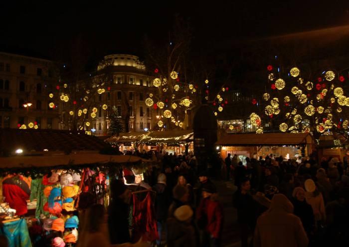 Budapest Xmas Market Lights