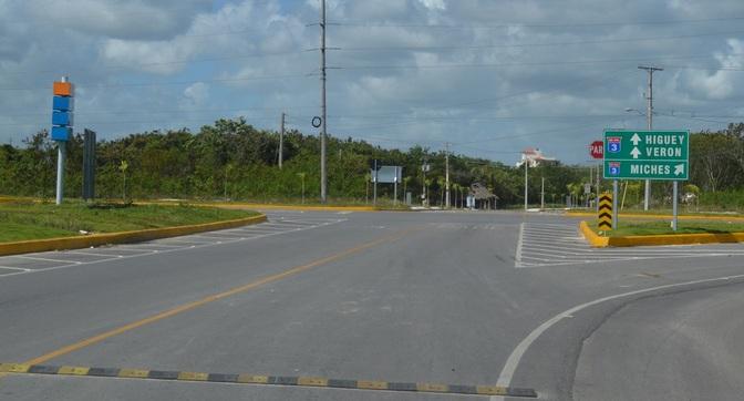 Punta Cana Street Signs