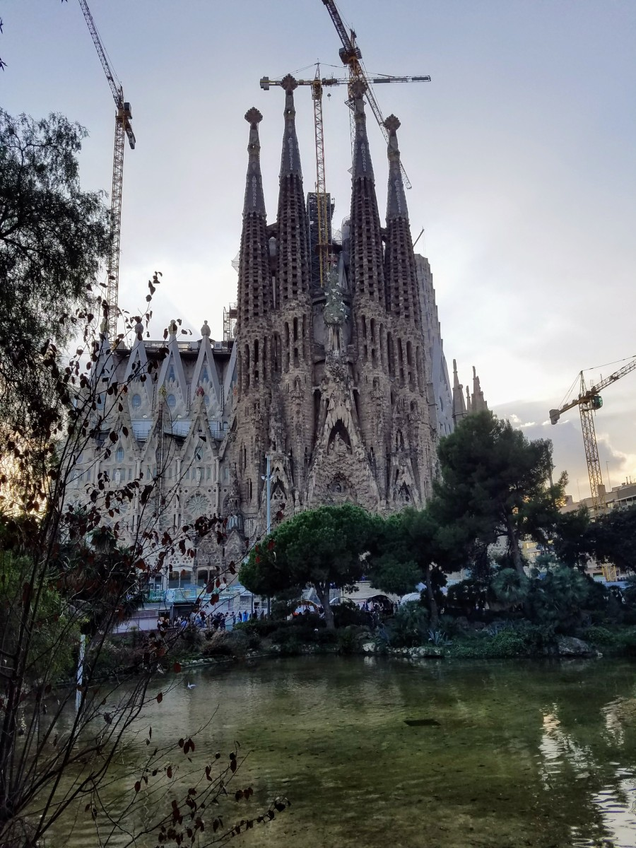 Antoni Gaudí: The Worst Builder in the World