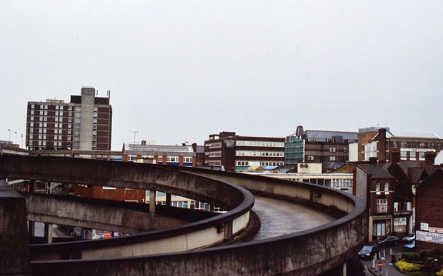 luton-ugly-town_26_3554386b